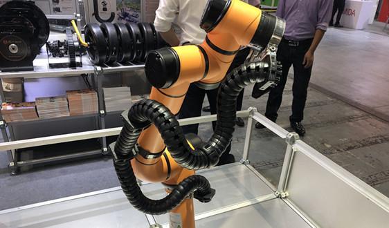 工业机器人的组成部分及发展趋势分析